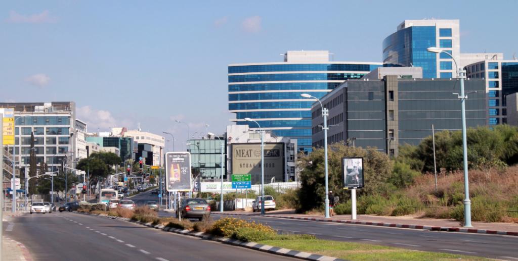 מכירת קרקעות במתחם שדה התעופה בהרצליה