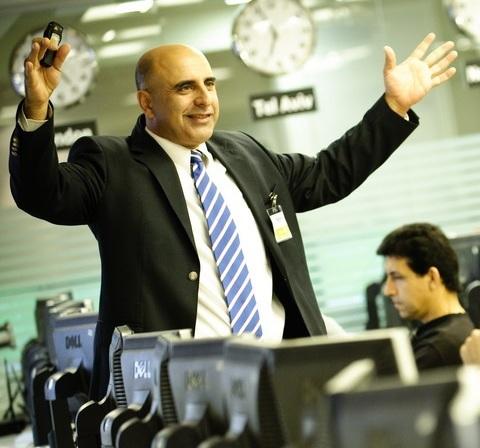 """""""הלוחש למניות"""" מספר מה הביא אותו ללמד אחרים את סודות המקצוע"""